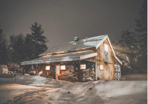https://jamaicacottageshop.com/shop/20x40-vermont-cabin/
