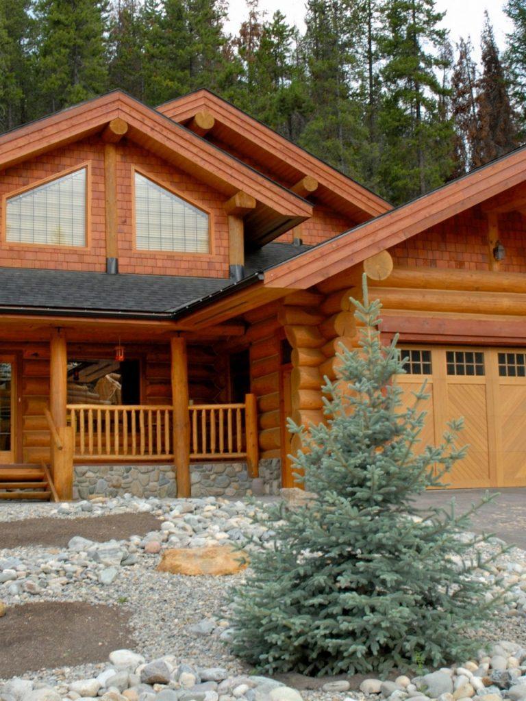 Huge log home with garage.