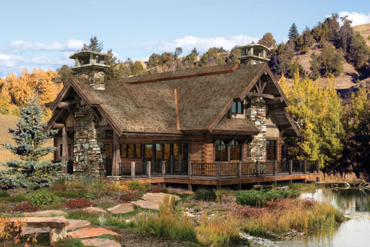 Log cabin home on mountain
