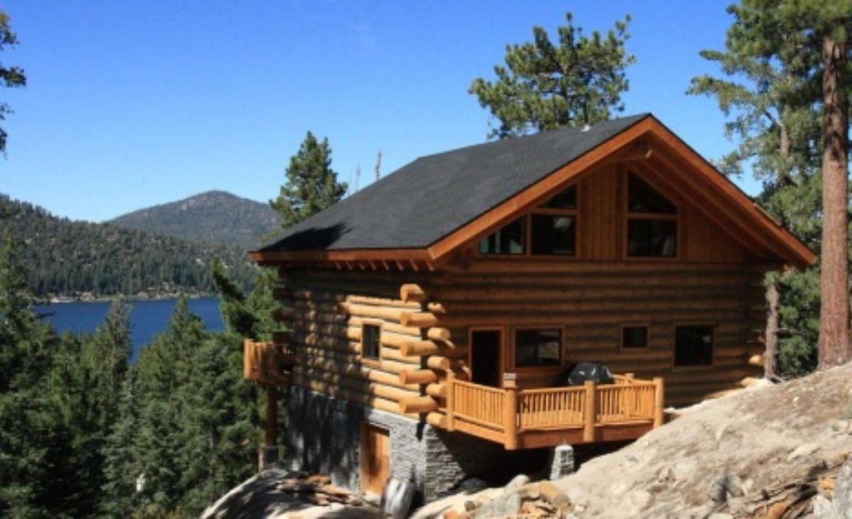 Log home on mountain